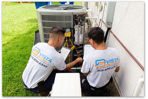 HVAC repair team image
